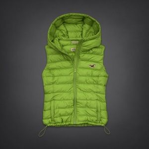 NWT Hollister HCO Lightweight quilted vest